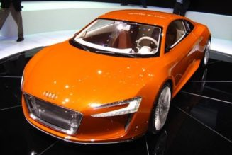 """""""e-tron"""" Hits the Fan: Audi Electric Car Name Means """"Excrement"""" in French"""