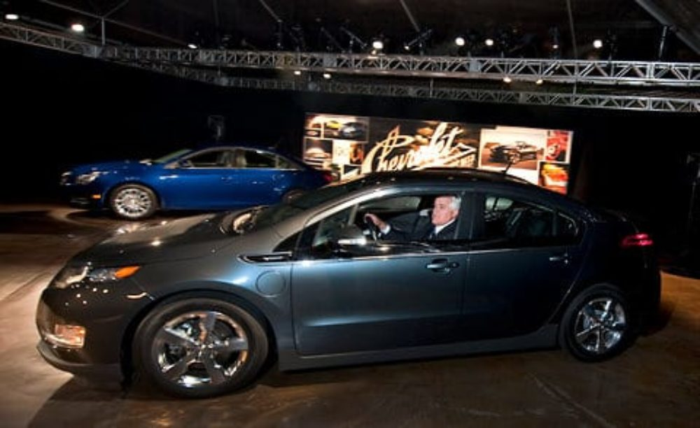 Jay Leno Drives Chevy Volt 11,000 Miles Without Gas, Nets 2,365 MPG