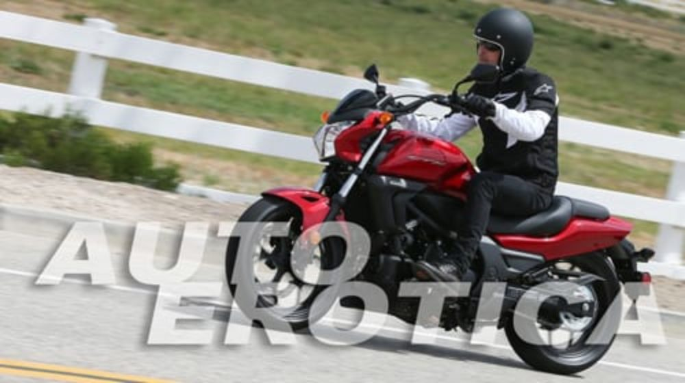 Honda CTX700 is Automatically Awesome