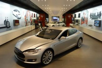 Tesla Model S Priced At $121,000 In China
