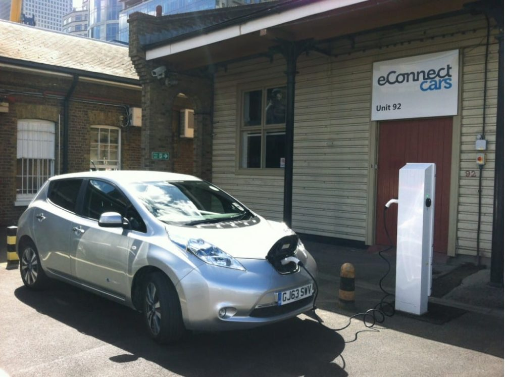 Nissan Leaf Taxi Service Opens In London