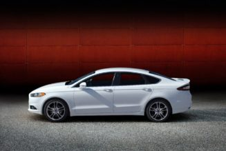 2015 Ford Fusion Drops Manual Transmission