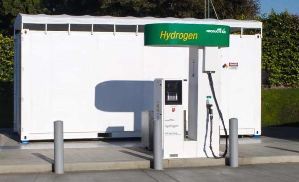 Plug-In Electric Car Vs. Fuel Cell Car: Which Is Greener?