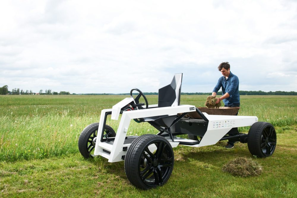 Harvest Crops With The Lightweight KULAN Electric Tractor