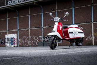 New-age Lambretta Clone Arrives, w/ 300 cc Power!