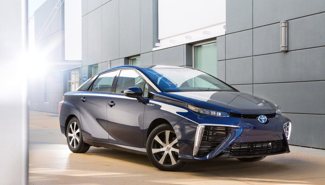 The Biggest Problem With The Toyota Mirai? It's Boring