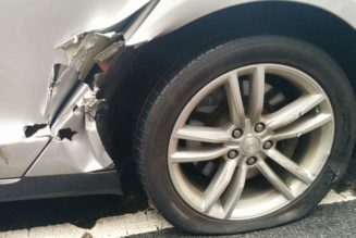 This Is What $30,000 Of Damage Looks Like On A Tesla Model S