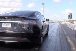 Elon Musk Delivers a 10 Second Car:  Tesla Model S P90D