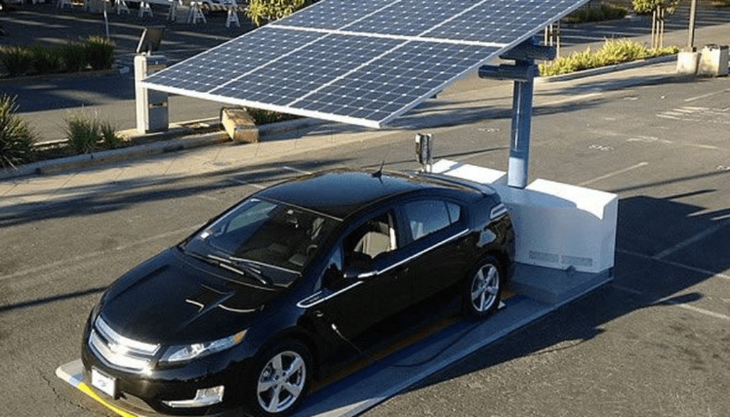 """Solar Cars"" Get Big Boost In California"