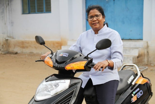 Ampere makes inexpensive electric vehicles in India