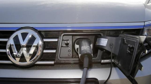 electric cars will need 40 gigafactories