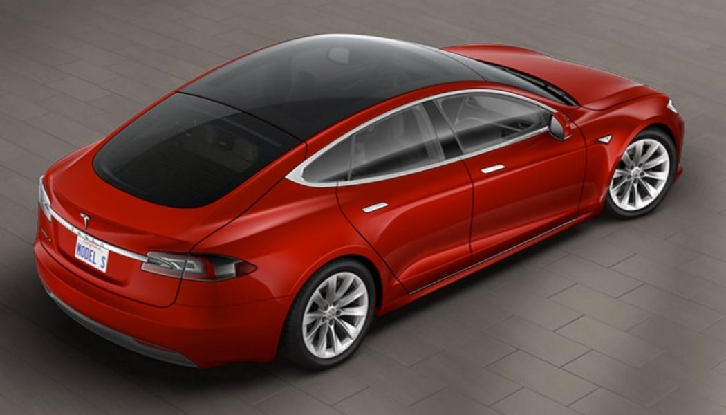 Tesla Model S glass roof
