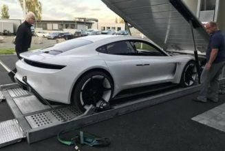 Porsche Mission E in Norway
