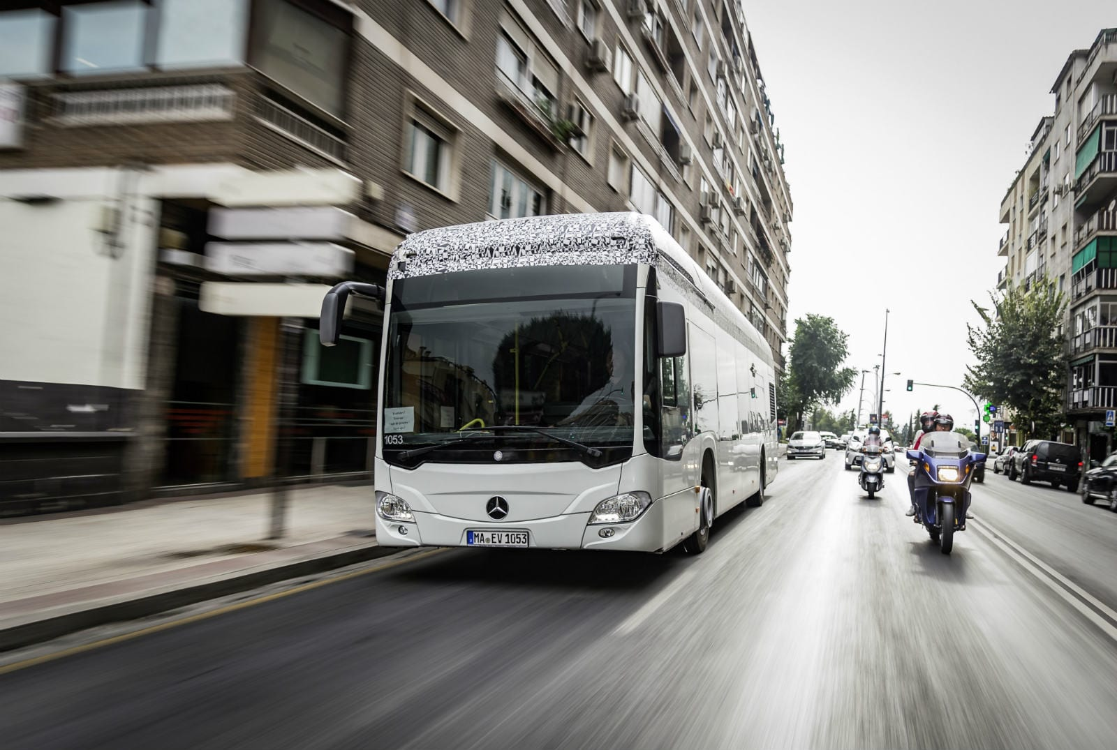 Mercedes electric bus