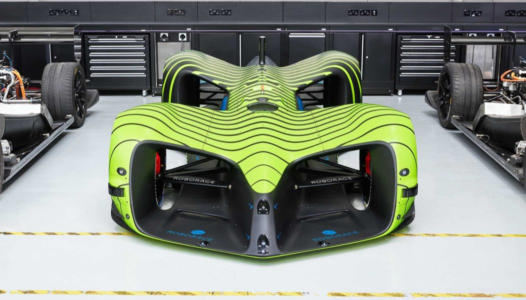 Roborace Autonomous Car vs. Goodwood FOS