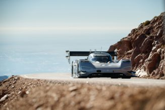 Electric VW Shatters All-time Pike's Peak Record