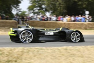360 Video:  Roborace vs. Goodwood FOS Hillclimb