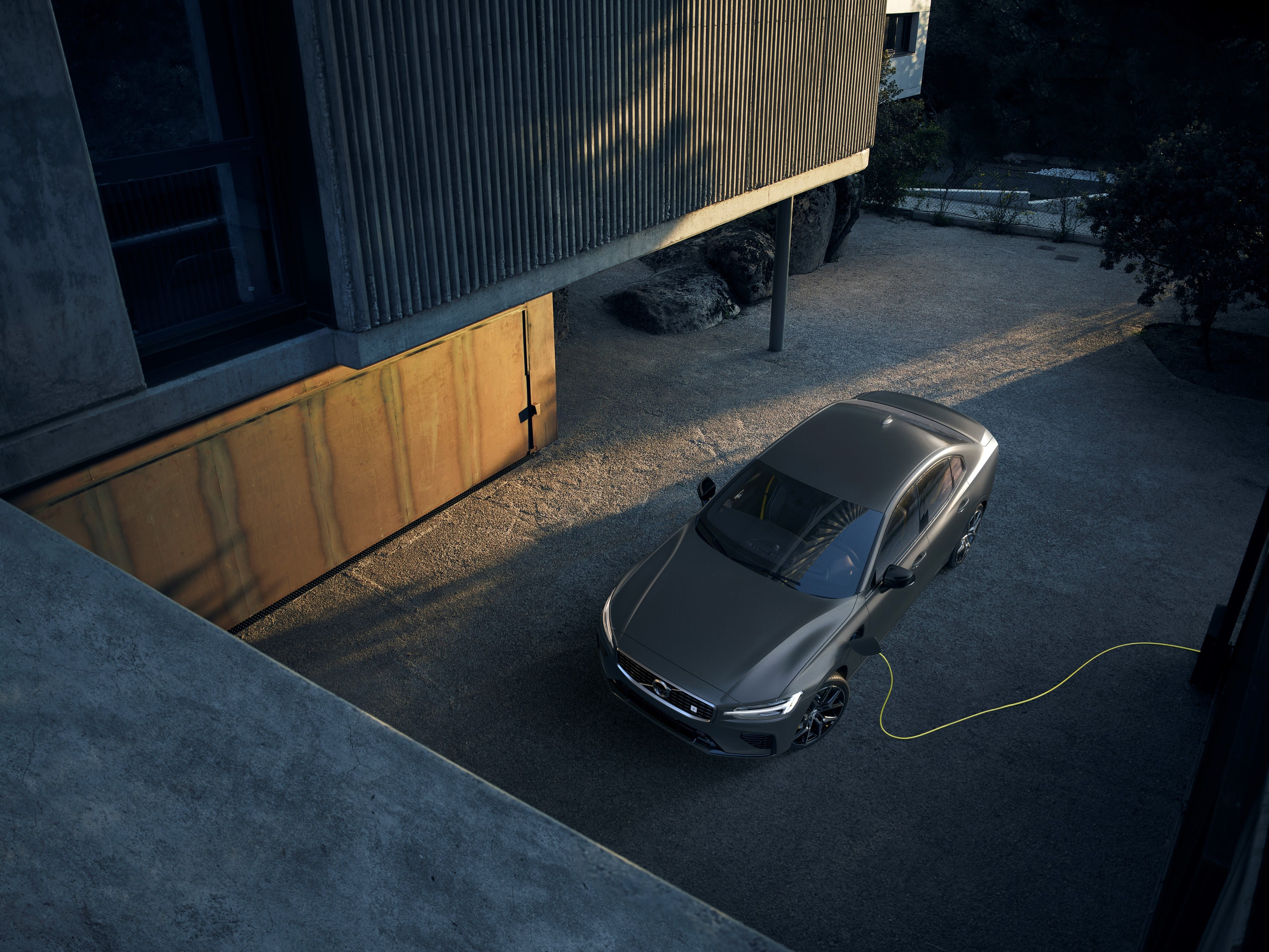 2019 Volvo S60 Hybrid Sells Out in 39 Minutes
