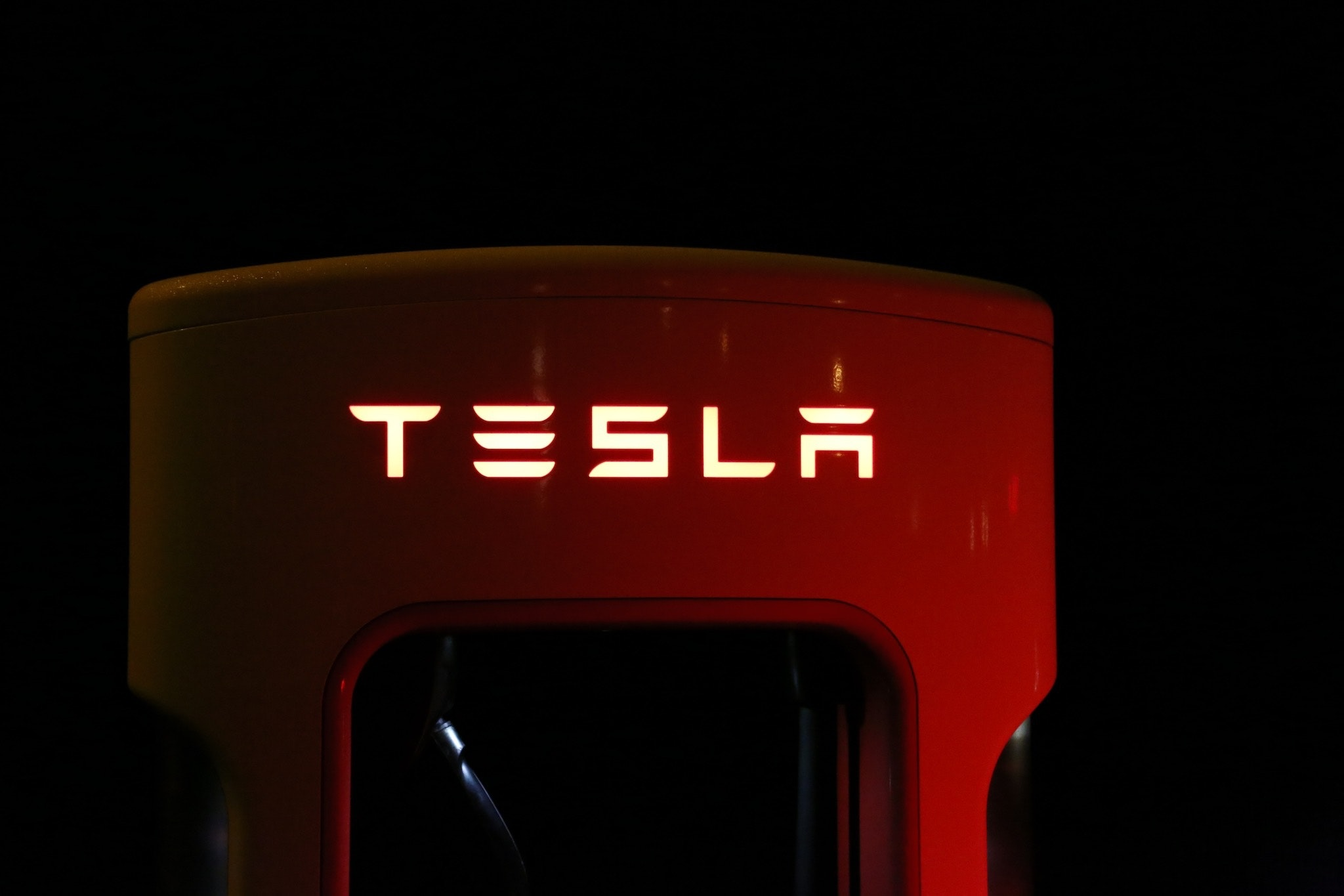 "Tesla ""Close"" to Revealing EV Pickup Truck"