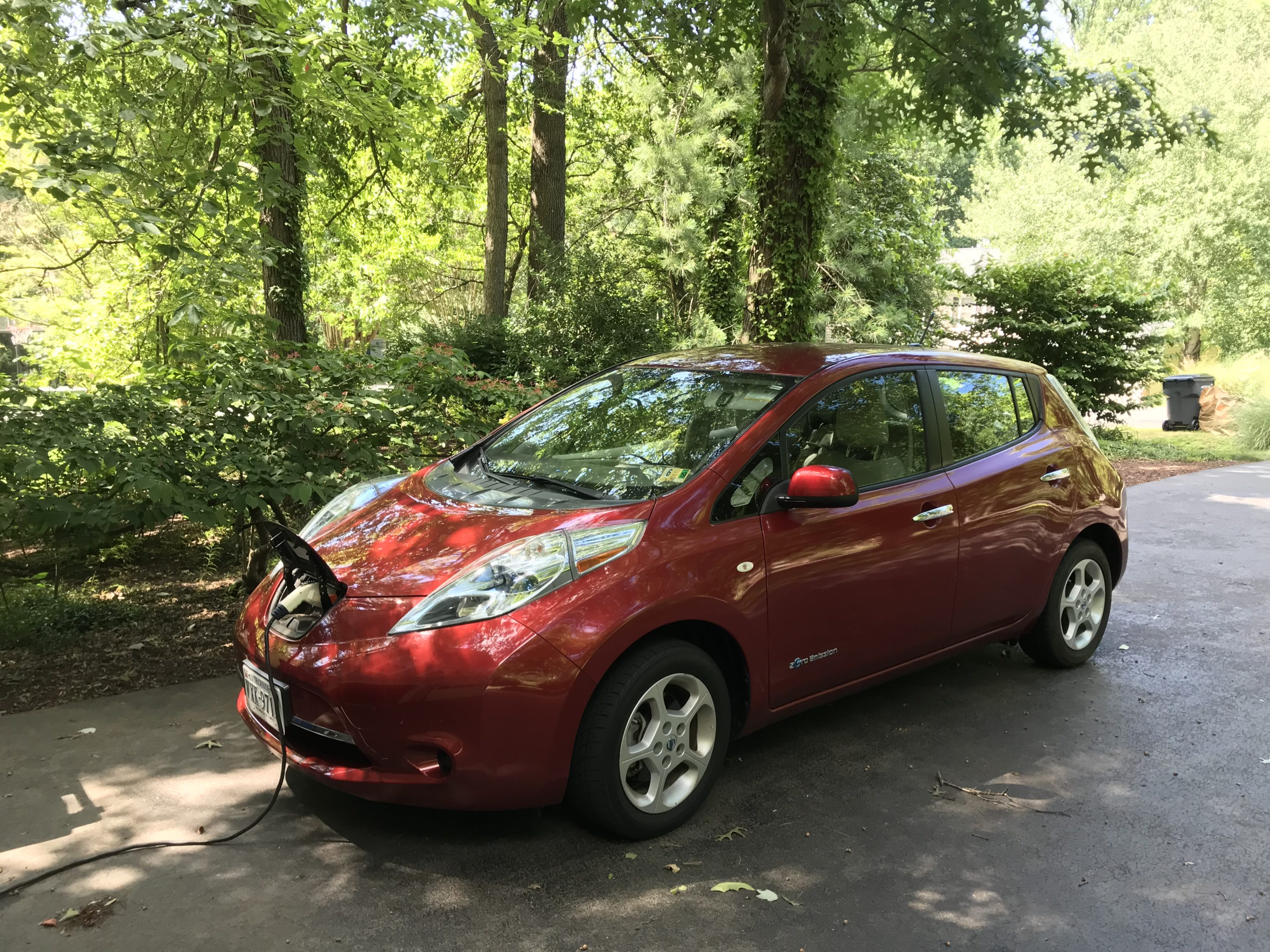 Electric Cars in Cold Climates: Why do EV Batteries Lose so Much Range when the Weather Drops?