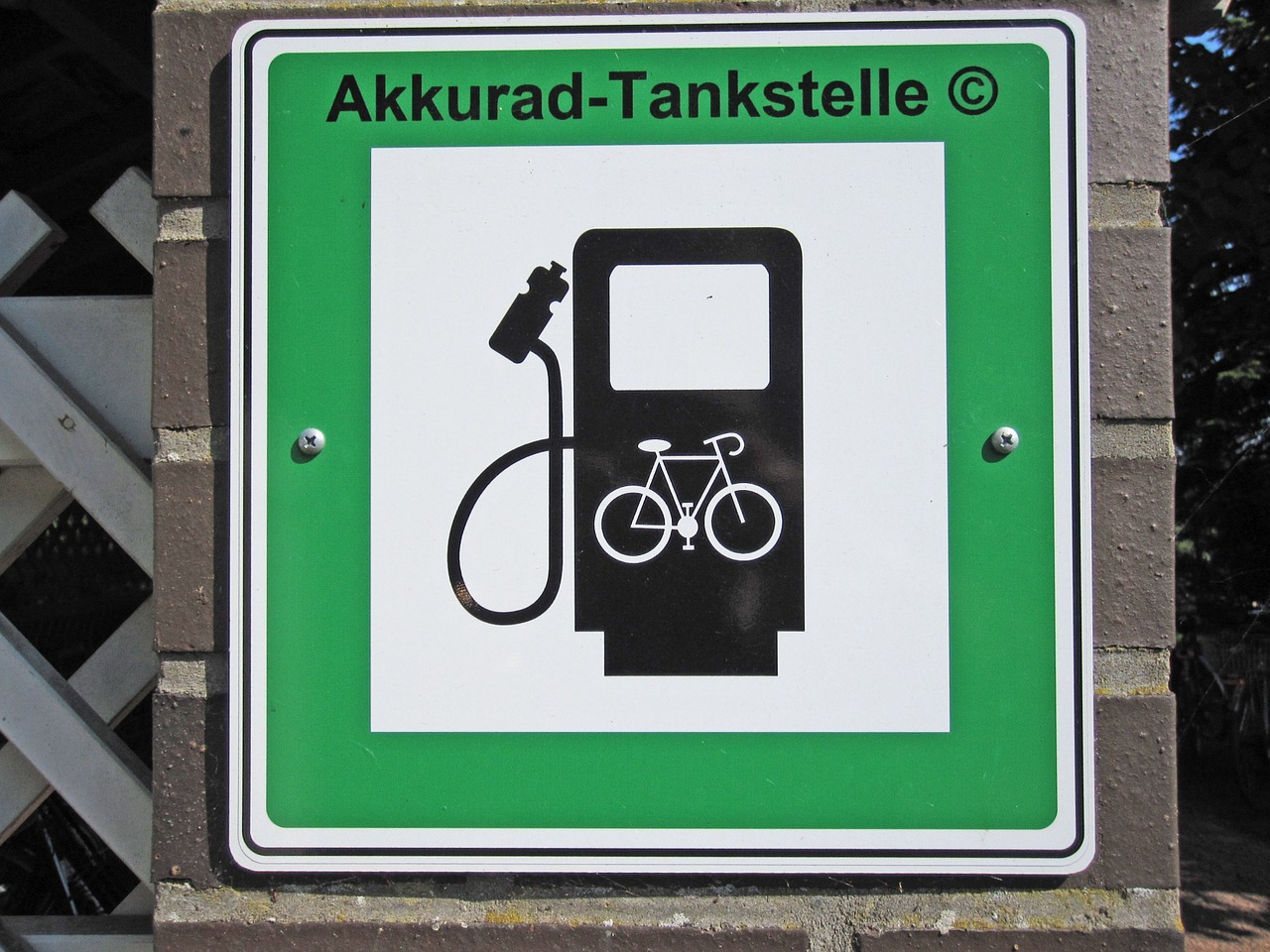 How Long Does It Take to Charge an Ebike?