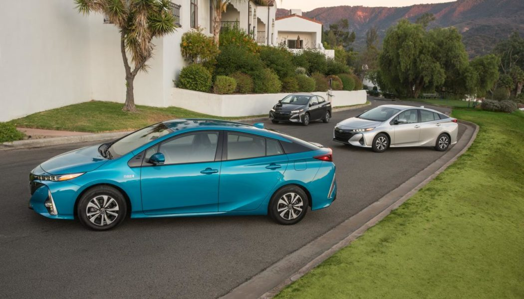 Types of Electric Vehicles Explained: EV, HEV, and PHEV