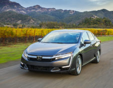 How Do I Replace the 12 Volt Battery in a Honda Clarity?